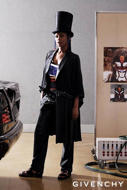 givenchy-3-spring-summer-campaign-featuring-erykah-badu-3