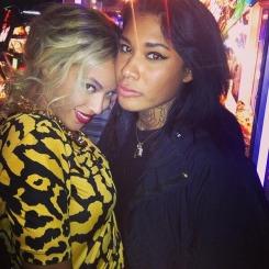 Beyonce-and-Danii-Phae